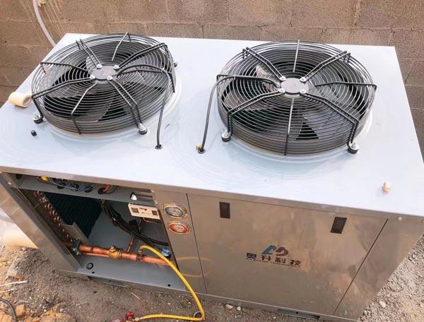 松下箱式顶出风冷藏机组案例